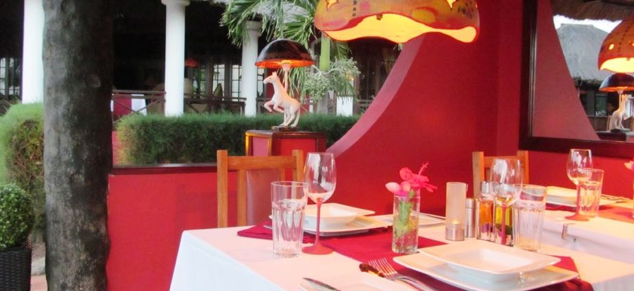 2014 restaurant table and lamp